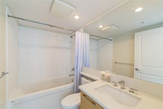 "Photo 11: 3105 6658 DOW Avenue in Burnaby: Metrotown Condo for sale in ""Moda by Polygon"" (Burnaby South)  : MLS®# R2392983"