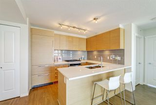 "Photo 3: 3105 6658 DOW Avenue in Burnaby: Metrotown Condo for sale in ""Moda by Polygon"" (Burnaby South)  : MLS®# R2392983"