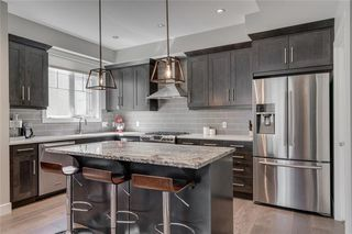Photo 11: 1 924 3 Avenue NW in Calgary: Sunnyside Row/Townhouse for sale : MLS®# C4271137