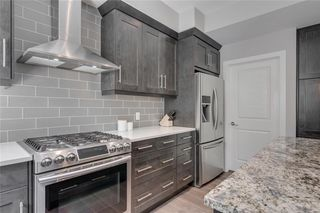 Photo 16: 1 924 3 Avenue NW in Calgary: Sunnyside Row/Townhouse for sale : MLS®# C4271137