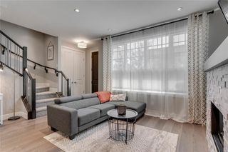 Photo 7: 1 924 3 Avenue NW in Calgary: Sunnyside Row/Townhouse for sale : MLS®# C4271137