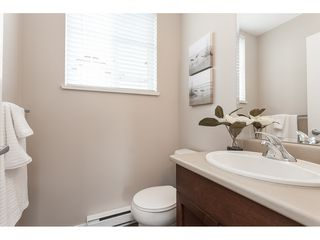"Photo 11: 15 6036 164 Street in Surrey: Cloverdale BC Townhouse for sale in ""Arbour Village"" (Cloverdale)  : MLS®# R2445991"