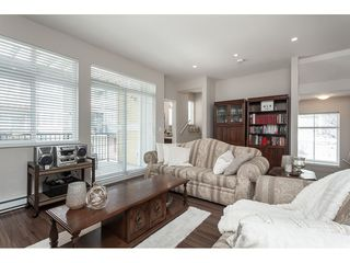 "Photo 5: 15 6036 164 Street in Surrey: Cloverdale BC Townhouse for sale in ""Arbour Village"" (Cloverdale)  : MLS®# R2445991"