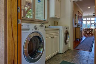 Photo 12: 6416 MARMOT Road in Sechelt: Sechelt District House for sale (Sunshine Coast)  : MLS®# R2479817