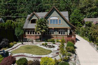 Photo 1: 6416 MARMOT Road in Sechelt: Sechelt District House for sale (Sunshine Coast)  : MLS®# R2479817