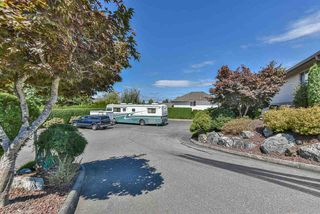 """Photo 39: 17 30703 BLUERIDGE Drive in Abbotsford: Abbotsford West Townhouse for sale in """"Westsyde Park Estates"""" : MLS®# R2488803"""