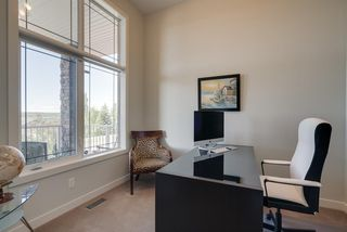 Photo 18: 7516 SPRINGBANK Way SW in Calgary: Springbank Hill Detached for sale : MLS®# A1033982