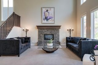 Photo 3: 7516 SPRINGBANK Way SW in Calgary: Springbank Hill Detached for sale : MLS®# A1033982