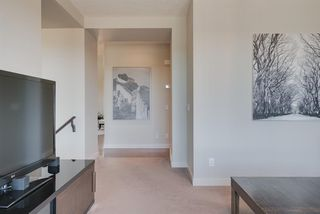 Photo 14: 7516 SPRINGBANK Way SW in Calgary: Springbank Hill Detached for sale : MLS®# A1033982