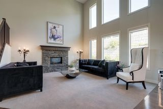 Photo 2: 7516 SPRINGBANK Way SW in Calgary: Springbank Hill Detached for sale : MLS®# A1033982