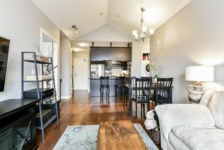 "Photo 8: 404 12565 190A Street in Pitt Meadows: Mid Meadows Condo for sale in ""Cedar Downs"" : MLS®# R2505666"