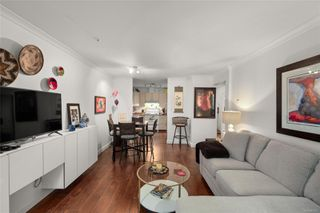 Photo 11: 206 1015 Johnson St in : Vi Downtown Condo for sale (Victoria)  : MLS®# 858377