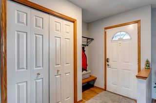 Photo 3: 55 Mt Apex Green SE in Calgary: McKenzie Lake Detached for sale : MLS®# A1052982
