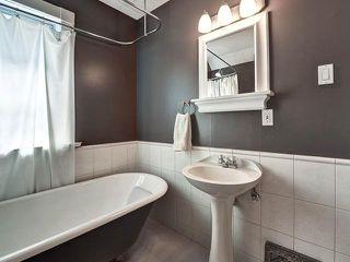 Photo 13: 423 11 Avenue NE in CALGARY: Renfrew_Regal Terrace Residential Detached Single Family for sale (Calgary)  : MLS®# C3572012