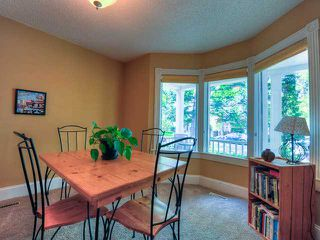 Photo 3: 423 11 Avenue NE in CALGARY: Renfrew_Regal Terrace Residential Detached Single Family for sale (Calgary)  : MLS®# C3572012