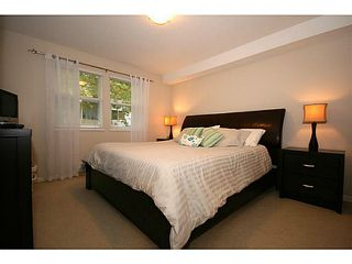 "Photo 12: 111 1702 56TH Street in Tsawwassen: Beach Grove Townhouse for sale in ""THE PILLERS"" : MLS®# V1017909"