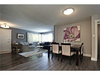 Photo 4: 12 HARDISTY Place SW in Calgary: Haysboro Residential Detached Single Family for sale : MLS®# C3633114