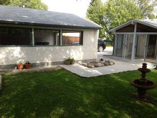 Photo 2: 43 Loyola Bay in Winnipeg: Fort Richmond Single Family Detached for sale (South Winnipeg)  : MLS®# 1423297
