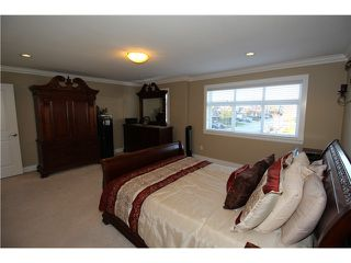 Photo 9: 19622 72A AV in Langley: Willoughby Heights House for sale : MLS®# f1427095