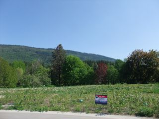 Main Photo: 5440 73 Avenue, NE in Salmon Arm: Canoe Land Only for sale : MLS®# 10111566