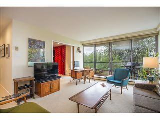 Photo 5: # 310 1490 PENNYFARTHING DR in Vancouver: False Creek Condo for sale (Vancouver West)  : MLS®# V1134085