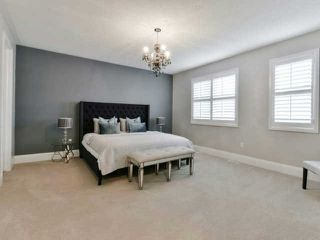 Photo 3: 158 Masterman Cres in Oakville: Rural Oakville Freehold for sale : MLS®# W3647708