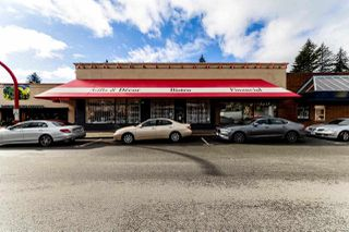 Photo 2: 3135 EDGEMONT BOULEVARD in North Vancouver: Edgemont Business for sale : MLS®# C8022120
