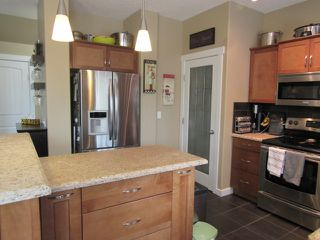 Photo 13: 28 Newmarket Way in St. Albert: House for rent