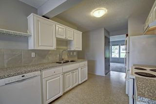 Photo 9: 4518 & 4520 NORTH HAVEN Drive NW in Calgary: North Haven Duplex for sale : MLS®# C4258181