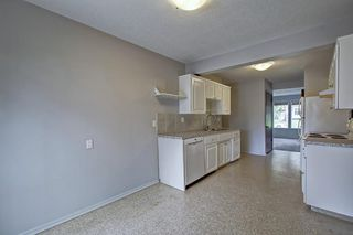 Photo 11: 4518 & 4520 NORTH HAVEN Drive NW in Calgary: North Haven Duplex for sale : MLS®# C4258181