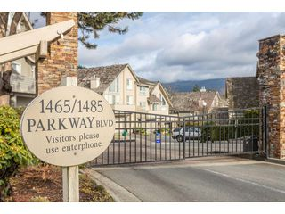 "Photo 2: 215 1465 PARKWAY Boulevard in Coquitlam: Westwood Plateau Townhouse for sale in ""SILVER OAK"" : MLS®# R2428218"