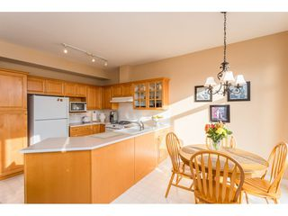 "Photo 4: 215 1465 PARKWAY Boulevard in Coquitlam: Westwood Plateau Townhouse for sale in ""SILVER OAK"" : MLS®# R2428218"
