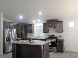 Photo 2: SANTEE Manufactured Home for sale : 2 bedrooms : 8545 Mission Gorge Rd #219