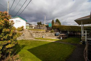Photo 16: 2349 ROSEDALE Drive in Vancouver: Fraserview VE House for sale (Vancouver East)  : MLS®# R2435966