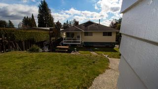 Photo 18: 2349 ROSEDALE Drive in Vancouver: Fraserview VE House for sale (Vancouver East)  : MLS®# R2435966