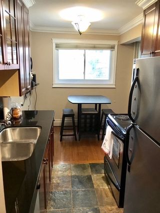 Photo 4: 202 10225 117 Street in Edmonton: Zone 12 Condo for sale : MLS®# E4190420