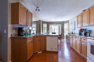 Photo 4: 3715 MCLEAN Court in Edmonton: Zone 55 House for sale : MLS®# E4210017