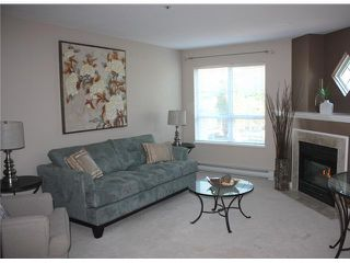 "Photo 1: 109 2960 PRINCESS in Coquitlam: Canyon Springs Townhouse for sale in ""THE JEFFERSON"" : MLS®# V930888"