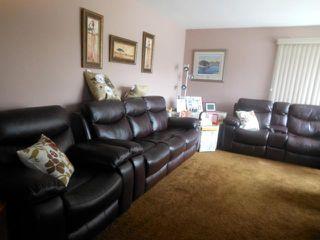 Photo 2: 326 Strathmillan Road in WINNIPEG: St James Residential for sale (West Winnipeg)  : MLS®# 1210268