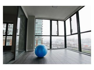 """Photo 6: 608 1088 QUEBEC Street in Vancouver: Mount Pleasant VE Condo for sale in """"VICEROY"""" (Vancouver East)  : MLS®# V957027"""