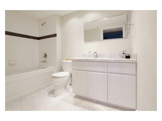 """Photo 5: 608 1088 QUEBEC Street in Vancouver: Mount Pleasant VE Condo for sale in """"VICEROY"""" (Vancouver East)  : MLS®# V957027"""