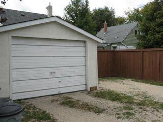 Photo 2: 115 Humboldt Avenue in WINNIPEG: St Vital Residential for sale (South East Winnipeg)  : MLS®# 1219971