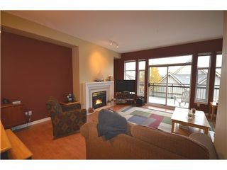 "Photo 4: 19 910 FORT FRASER RISE in Port Coquitlam: Citadel PQ Townhouse for sale in ""SIENNA RIDGE"" : MLS®# V987337"