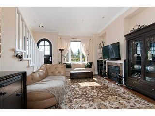 "Photo 2: 989 W 38TH Avenue in Vancouver: Cambie Townhouse for sale in ""HAMLIN MEWS"" (Vancouver West)  : MLS®# V997915"