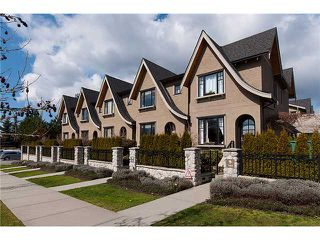 "Photo 1: 989 W 38TH Avenue in Vancouver: Cambie Townhouse for sale in ""HAMLIN MEWS"" (Vancouver West)  : MLS®# V997915"