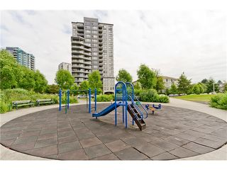 Photo 9: # 507 3520 CROWLEY DR in Vancouver: Collingwood VE Condo for sale (Vancouver East)  : MLS®# V1010504
