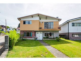 Photo 1: 4650 BALDWIN Street in Vancouver: Victoria VE House for sale (Vancouver East)  : MLS®# V1076552
