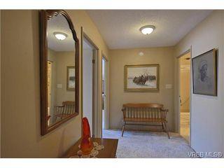 Photo 14: 205 929 Esquimalt Rd in VICTORIA: Es Old Esquimalt Condo Apartment for sale (Esquimalt)  : MLS®# 680109