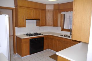 Photo 6: 992 Kilkenny Drive in Winnipeg: Fort Richmond Single Family Detached for sale (South Winnipeg)  : MLS®# 1603358