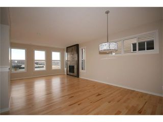 Photo 5: 22 Heritage View: Cochrane House for sale : MLS®# C4038949